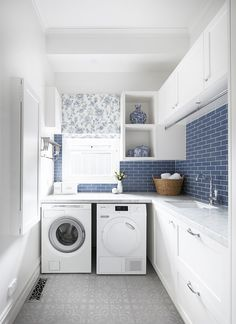 Top 5 Tips for a Hardworking Laundry — Adore Home Magazine Photography Tom Roe / Interior design Smarter Bathrooms+ Modern Laundry Rooms, Laundry Room Layouts, Laundry Room Remodel, Laundry Room Cabinets, Laundry Room Organization, Blue Laundry Rooms, Cupboards, Laundry Decor, Laundry Room Design