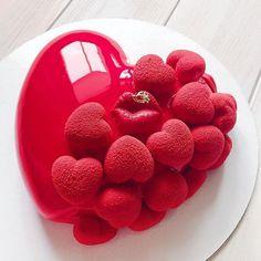 Image may contain: fruit, dessert and food Gorgeous Cakes, Amazing Cakes, Cute Cakes, Yummy Cakes, Chocolate Bonbon, Elegant Birthday Cakes, Beautiful Birthday Cakes, Valentine Cake, Valentines