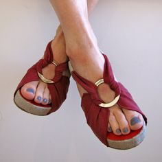 Of Dreams and Seams: Home-made Fabric Sandals, with full Tutorial!