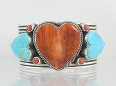 Looking for elegant Native American heart necklaces? Choose from the selection of genuine turquoise heart necklaces at the Southwest Silver Gallery. Kingman Turquoise, Turquoise Cuff, Turquoise Jewelry, Silver Jewelry, Heart Bracelet, Heart Jewelry, Jewelry Box, Jewellery, Southwest Jewelry