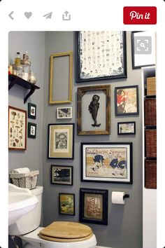Bathroom Artwork Ideas parts can add a touch of favor and design to any home. Bathroom Artwork Ideas can mean many issues to many people, but all of them level… Apartment Decorating On A Budget, Decorating Small Spaces, Decorating Tips, Interior Decorating, Vintage Wall Art, Vintage Walls, Wc Decoration, Decoration Pictures, Modern Bathrooms