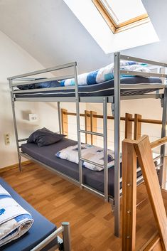 Sleep in Liège at the Youth Hostel! From breakfast and wifi included. Hostel, Bunk Beds, Wifi, Youth, Sleep, Breakfast, Furniture, Home Decor, Bed Drapes