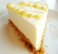 The Best (No-Bake) Lemon Cheesecake - Zitronen Rezepte - Lemon recipes - Cheesecake Recipes Summer Desserts, No Bake Desserts, Just Desserts, Delicious Desserts, Dessert Recipes, Yummy Food, Easy Lemon Desserts, Recipes Dinner, Snack Recipes