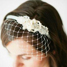 bee_inspired_birdcage_veil_headband.jpg