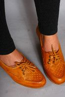 Vintage 70s Tan Leather Wooden Oxford Heels Shoes
