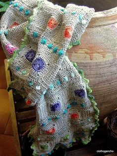 tuto écharpe Potiron. French tutorial for this gorgeous shawl. Would make a great blanket though.
