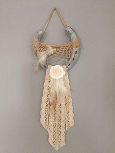 Horseshoe Dreamcatcher by on Etsy Horseshoe Projects, Horseshoe Crafts, Horseshoe Art, Dream Catcher Craft, Dream Catchers, Crafts To Sell, Diy And Crafts, Arts And Crafts, Dream Catcher Native American