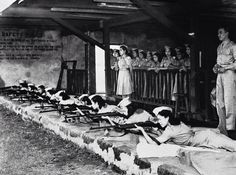"""WWII-The first """"Women Guerrilla"""" corps has just been formed in the Philippines and Filipino women, trained in their local women's auxiliary service, are seen here hard at work practicing on November at a rifle range in Manila. O Donnell, Iconic Photos, Photos Du, Palawan, Filipino Culture, Leyte, Local Women, Historical Pictures, Guerrilla"""