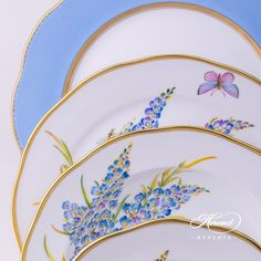 Place Settings with Tea Cup – 8 Pieces – Texas Bluebonnet - Herend Fine china 8 Pieces - FLA-BB - Blue Painted Porcelain, Porcelain Ceramics, Hand Painted, Place Settings, Table Settings, Dinnerware Ideas, Texas Bluebonnets, Soup Plating, China Tea Cups
