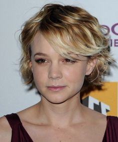 Cute! Carrie Mulligan's short hair always looks awesome.