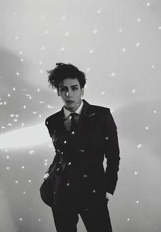 "Jonghyun to pre-release ""Deja-Boo"" ft. Zion.T on January 7th."