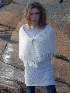 handknit white shawl,knit white wedding shawl,white boho knit shawl,knit fringe white shawl,fringe triangle white shawl,special gift for mum by PocoLocoKnitting on Etsy
