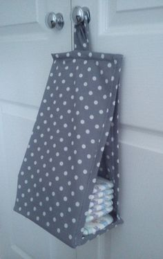 Space saving Nappy Diaper Stacker Grey and White Polka Dot Storage Bag Baby Shawer, Baby Kind, Baby Love, Baby Sewing Projects, Sewing For Kids, Baby Makes, Baby Needs, Baby Crafts, Baby Patterns