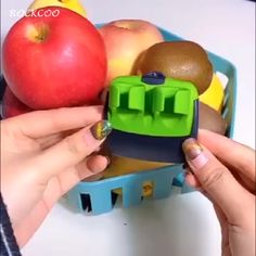 cooking tips The newest two fingers design peelers, peel fruits and vegetables with this comfort-designed peeler, help you peel vegetables by hand in second effortlessly Nestling comfo Cool Gadgets To Buy, Gadgets And Gizmos, Cooking Gadgets, Cooking Tips, Travel Gadgets, Electronics Gadgets, Technology Gadgets, Tech Gadgets, Fun Gadgets