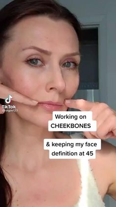 Beauty Care Routine, Skin Care Routine Steps, Beauty Tips For Glowing Skin, Health And Beauty Tips, Facial Yoga, Healthy Skin Tips, Face Exercises, Face Massage, Face Contouring