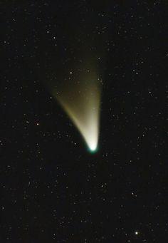Comet PANSTARRS. Photo by Ignacio Diaz Bobillo taken at daybreak February 16, 2013, from Observatorio Las Lechuzas, Mercedes, Buenos Aires, Argentina