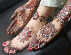 colors  Mehndi Designs | multi-colored henna designs for hands and legs