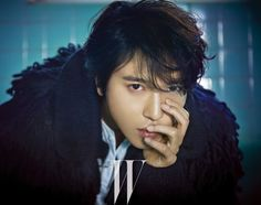 CNBLUE's Yonghwa talks about the process of making his solo album during interview with 'W Korea'   http://www.allkpop.com/article/2014/12/cnblues-yonghwa-talks-about-the-process-of-making-his-solo-album-during-interview-with-w-korea