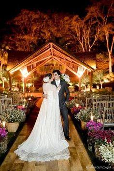 Resultado de imagem para casamento portal girassol