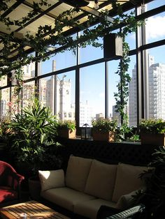 Couch :: Gramercy Park Hotel's Rooftop Terrace || HotelChatter