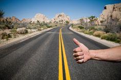Chi l'ha detto che nel 2016 l'autostop non si possa ancora fare? COME TUTTO È COMINCIATO Durante una vacanza in..