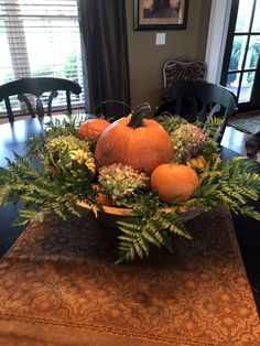 Easy DIY Thanksgiving Decor Ideas on a Budget – Fall Centerpiece Thanksgiving Table Centerpiece More from my site Easy Fall Table Centerpieces – Harvest Centerpieces for Fall DecorDIY Modern Fall Hoop Wreath{Thanksgiving Table Settings} Fall Table Centerpieces, Thanksgiving Centerpieces, Diy Thanksgiving, Decorating For Thanksgiving, Fall Table Decorations, Thanksgiving Pictures, Wedding Centerpieces, Fall Festival Decorations, Halloween Decorations