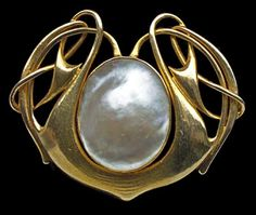 Gold & Pearl Liberty & Co brooch by Archibald Knox.