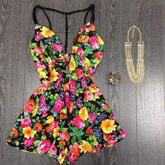 Sassy Summer Outfit, floral romper, want! :: Summer Style:: Bright floral Romper:: Beach find more women fashion ideas on www.misspool.com