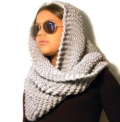 bufanda infinita con trapillo muy facil