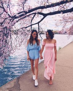 besties   bff   sisters   pictures   photo shooting   ideas   best friends   girls   friendship forever   awesome
