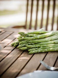 Grüner Spargel vom Sternath im Lavanttal Asparagus, Dinner, Vegetables, Food, Farm Shop, Fresh, Dining, Studs, Food Dinners