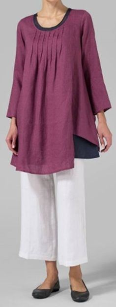 I'll bet that's Wild Cherry linen. Beautiful! I'll make this for fall. Get rid of the sleeves for summer, make in that soft pink or melon.