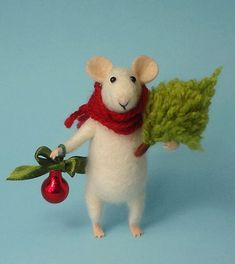Needle Felted mouse Christmas mouse Mouse with a Christmas tree Christmas Decoration Art Doll Waldorf animal Eco-friendly Weihnachten Felt Christmas, Christmas Balls, Christmas Crafts, Christmas Ornaments, Christmas Holidays, Tree Decorations, Christmas Decorations, Tiny Gifts, Felt Mouse