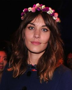 Wearing Flowers in your Hair. A Yes or a No?  http://primped.ninemsn.com.au/blogs/the-daily-gloss/wearing-flowers-in-your-hair-a-yes-or-a-no#