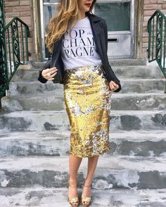50 Trendy Skirt Blue Navy Outfit Winter 24 Easy Sytish Ways to Recreate Sequin Skirt Outfits Sequin Skirt Outfit, Gold Sequin Skirt, Sequin Pencil Skirt, Pencil Skirt Outfits, High Waisted Pencil Skirt, Pencil Skirts, Silver Sequin, Sparkle Skirt, Pencil Dresses