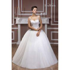 Svadobné šaty s krajkovaným živôtikom a širokou sukňou Zlata Salons, Wedding Dresses, Fashion, Bride Dresses, Moda, Lounges, Bridal Gowns, Fashion Styles, Weeding Dresses