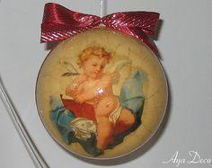 decoupage... christmas ornament...