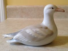 Ceramic gull, Hammersmith Farm, Newport, R. Pottery Animals, Gull, Ceramic Pottery, Newport, Tea Pots, Clay, Ceramics, Pretty, Pottery