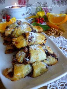 Barbi konyhája: Rugelach - diós és csokoládés Slovak Recipes, Hungarian Recipes, Hungarian Food, Puff Pastry Desserts, Winter Food, Potato Salad, French Toast, Cheesecake, Food And Drink