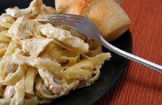 Macarrão com sardinha e molho branco <3 #pasta #sardinha #cremoso #fácil