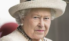Why the Queen Should Stay Mum on Scotland's Independence Uk Britain England, Queen Of England, Die Queen, Queen Hat, Scottish Independence, Royal Queen, English Royalty, Buckingham Palace, Queen Elizabeth Ii