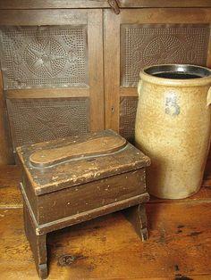 Grandpa's Old Wooden Shoe Shine Box W. Scalloped Legs