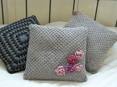 Crochet cushion cover pink flowers by bekaboodesigns on Etsy, Crochet Pillow Cases, Crochet Cushion Cover, Crochet Cushions, Crochet Home, Love Crochet, Knit Crochet, Crochet Ideas, Diy Pillows, Throw Pillows