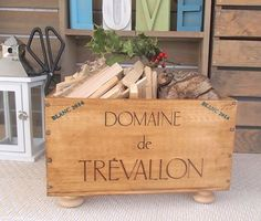 Kindling box French wine crate 'Domaine de by BaxterandSnowwinebox