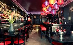 Silk lanterns in dutch bar