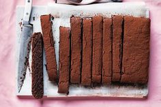 Be creativeo create with this classic Italian torta.