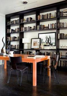 Mesa naranja para revivir el hogar