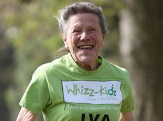 87-year-old charity marathoner Iva Barr has been given a Point of Light award after finishing her 19th London Marathon! - Runner's World