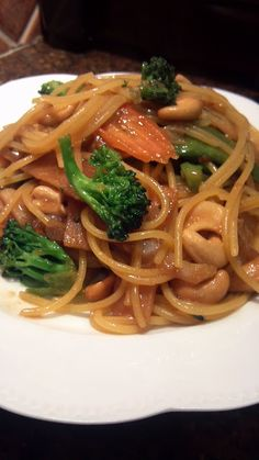 Quinoa Spaghetti Stir Fry with Mixed Veggies and Cashews