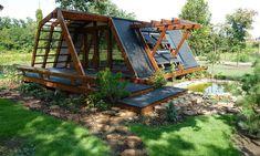 Casa asta din lemn a făcut furori în lume. Este inventată de români